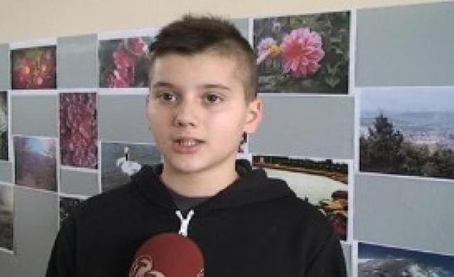 Kosova'da Türk Öğrencilerden Sergi