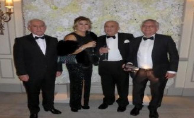 Londra'daki Türk'ler Düğünde Buluştu