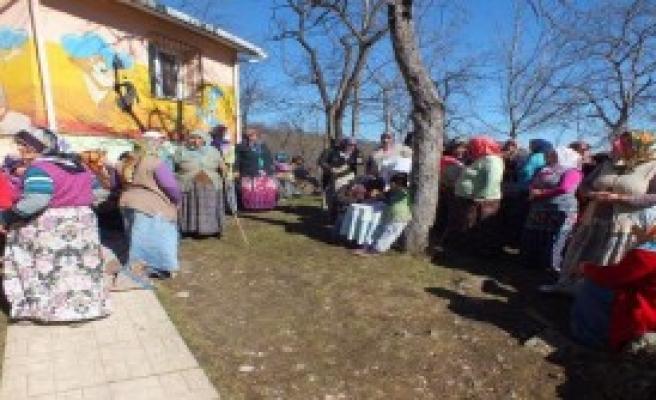 Mahalle Halkı Yeni Okul İstiyor