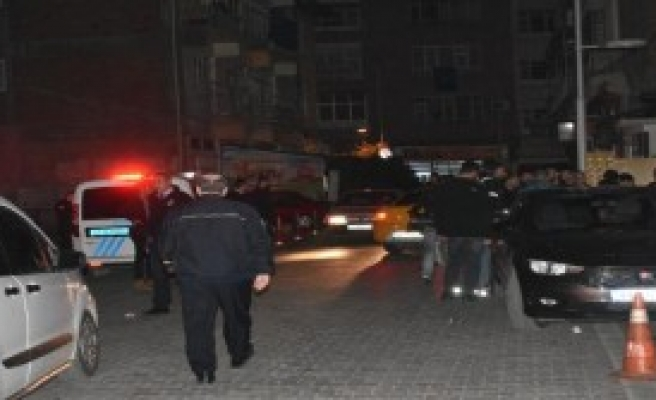Malatya'da Bıçaklı Kavga