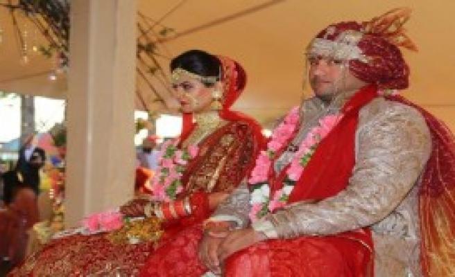 Mardan'da 4 Gün 4 Gece Hint Düğünü