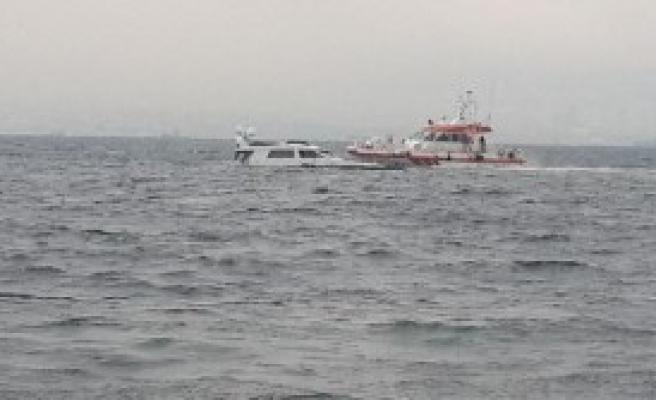 Tekne Battı; 2 Kişi Kurtarıldı