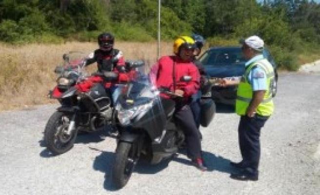 Marmaris'te Polisten Şekerli Denetim