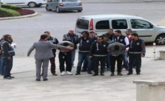 Marmaris'te Tekne Motoru Hırsızlığına 6 Gözaltı