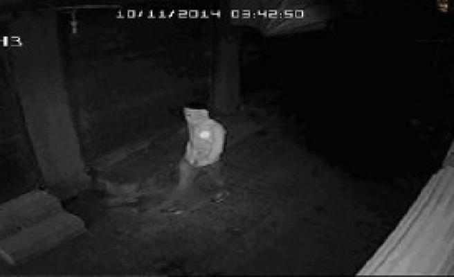 Maskeli Hırsızlar Suçüstü Yakalandı