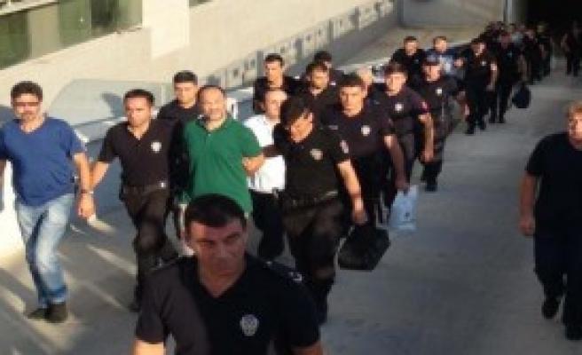 Mersin'de 9 Kişi Tutuklandı