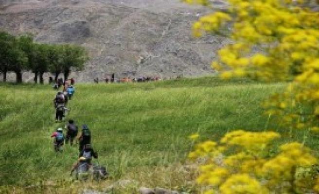Mersinli Dağcıların Munzur Gezisi