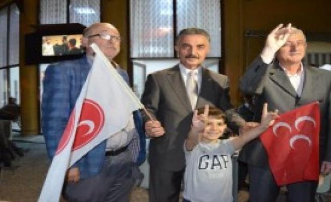 'Cumhurbaşkanı MHP'den Özür Dilemeli'