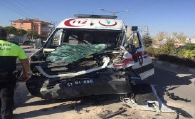 Niğde'de Ambulans Kazası: 1 Yaralı