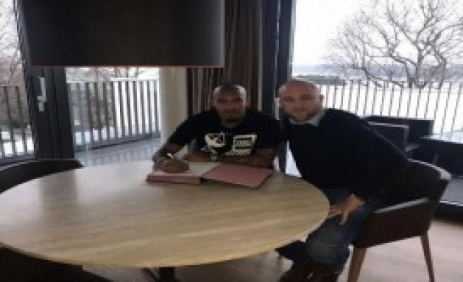 Nigel De Jong, Mainz 05 İle Anlaştı