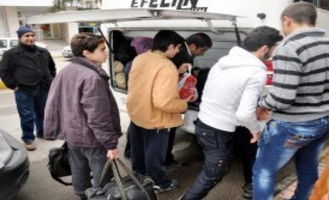 Nizip'te 40 Suriyeli Çocuk, Yuvaya Yerleştirildi