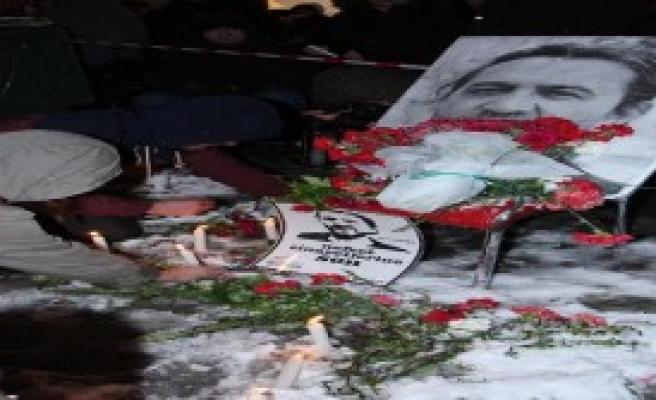 Nuh Köklü, Ankara'ya Kartopuyla Uğurlandı
