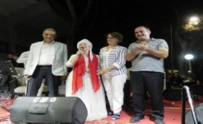 Ödemiş'teki Nöbette Akartürk'ten 15 Temmuz Şiiri