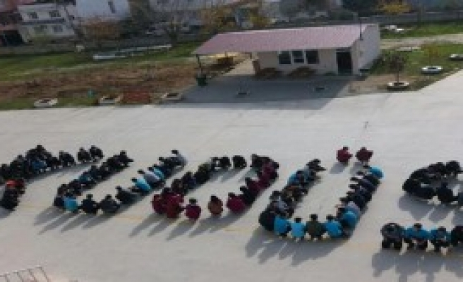 Okul Bahçesinde 'Kudüs' Tepkisi