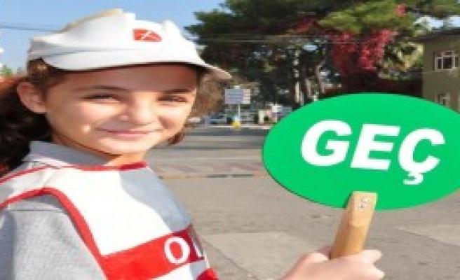 Manisa'da 80 Öğrenciye Eğitim