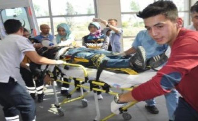Önder Öğretmen, Kazada Yaşamını Yitirdi