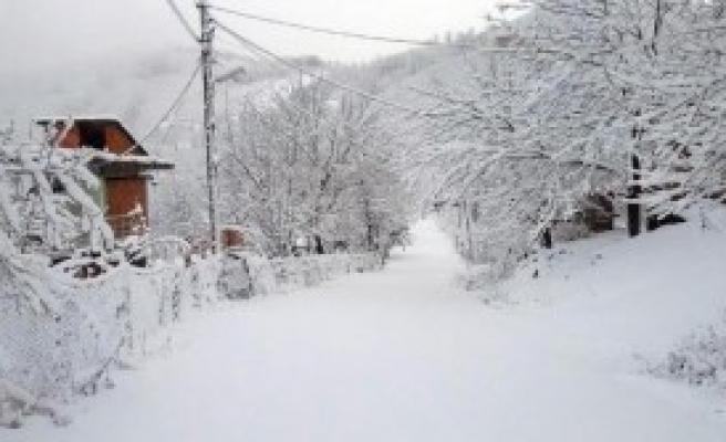 Ordu ve Sinop'ta Eğitime Kar Engeli