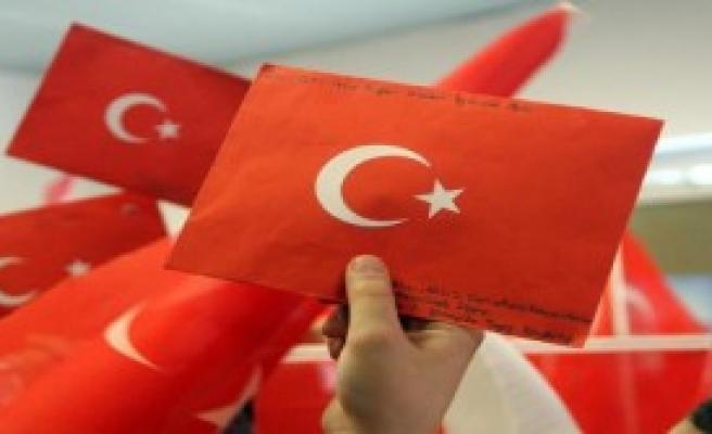 Mehmetçiğe mektup gönderdiler