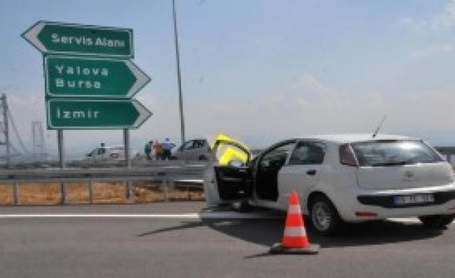 Osman Gazi Köprüsü Çıkışında  İlk Kaza
