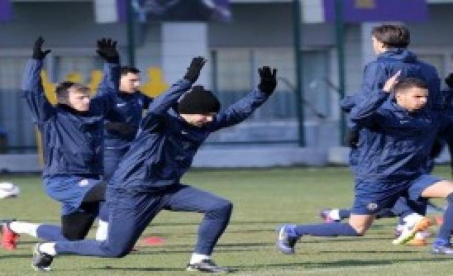 Olympiakos Maçı Hazırlıkları Başladı