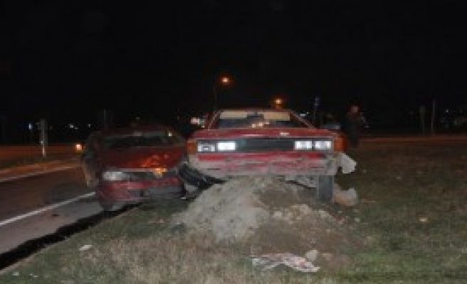 Sakarya'da Kaza: 1 Ölü, 4 Yaralı