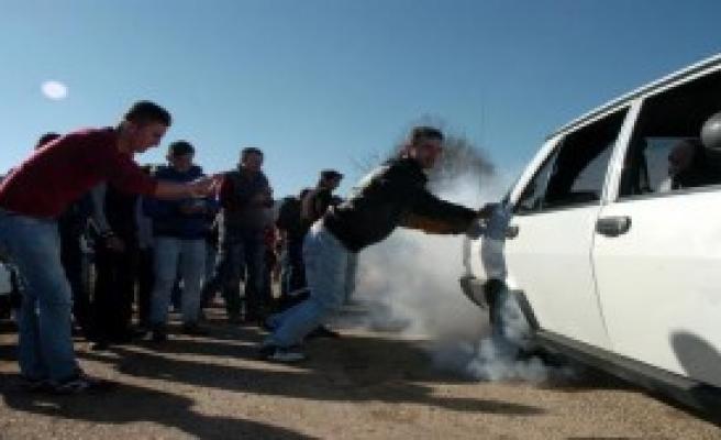 Otomobil Şovuyla Asker Uğurlaması