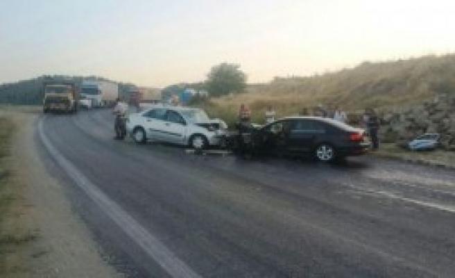 Manisa'da Kaza: 1 Ölü, 5 Yaralı