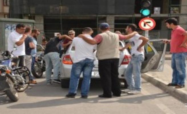 Otomobilli Kapkaççılar 5 Dakikada Yakalandı