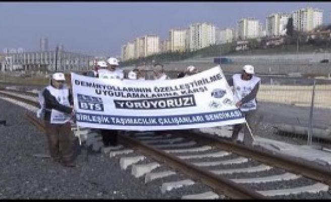 Özelleştirmeye Karşı Demiryolunda Yürüyüş
