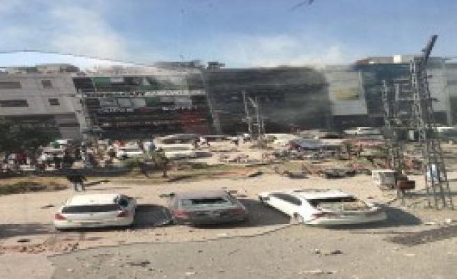 Pakistan'da Patlama: 8 Ölü 21 Yaralı