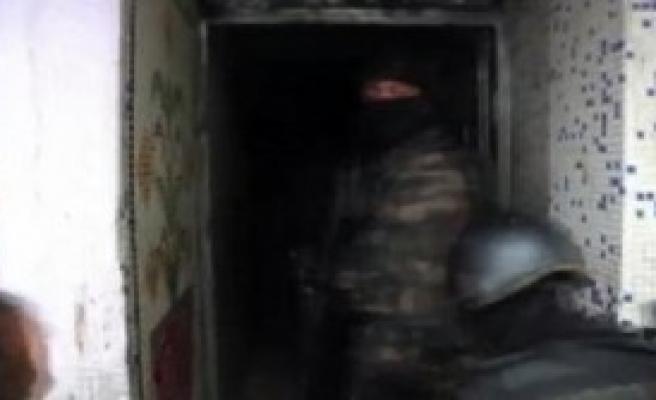 Polis Kamerasından Esenler Karabayır'daki Operasyon