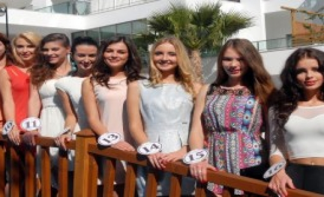 Polonyalı Güzeller Antalya'da Kampa Girdi