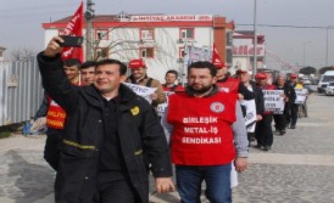 PTT Çalışanlarından Taşeron Tepkisi