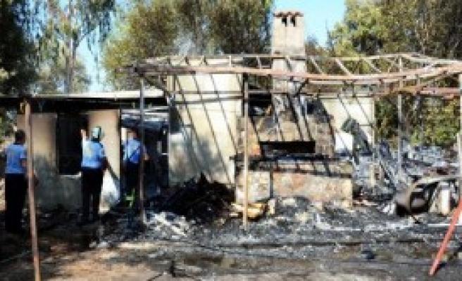 Restoran Çamaşırhanesinde Yangın