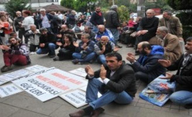 Rize'de Kobani İçin Oturma Eylemi