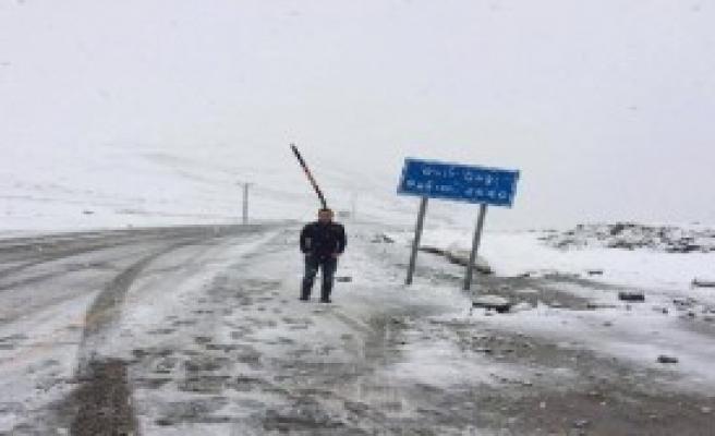 Rize'ye Kar Yağdı