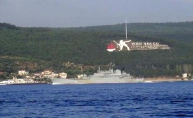 Rus Savaş Gemisi Akdeniz Yolunda