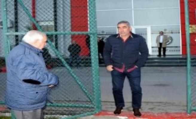 Samet Aybaba Eskişehirspor Tesislerinde