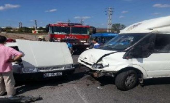 Sancaktepe'de Feci Kaza: 6 Yaralı