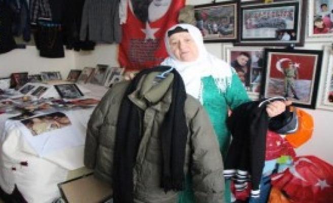 'Allah Afrin'deki Askerlerimize Güç Versin'