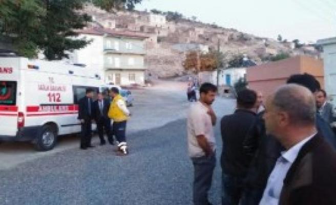 Şehit Polisin Niğde'deki Evine Ateş Düştü