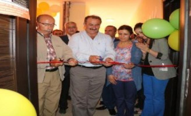 Şemdinli'de Masaj Salonu Açıldı