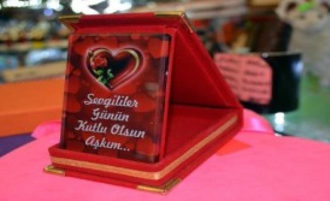 Sevgililer Günü'ne Özel Plaket