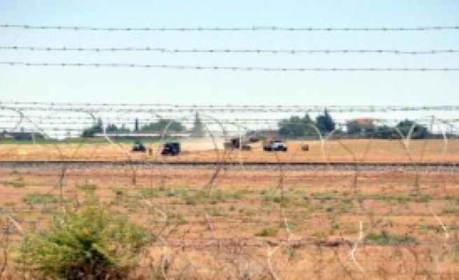 Sınırda Çatışmalar Sürüyor