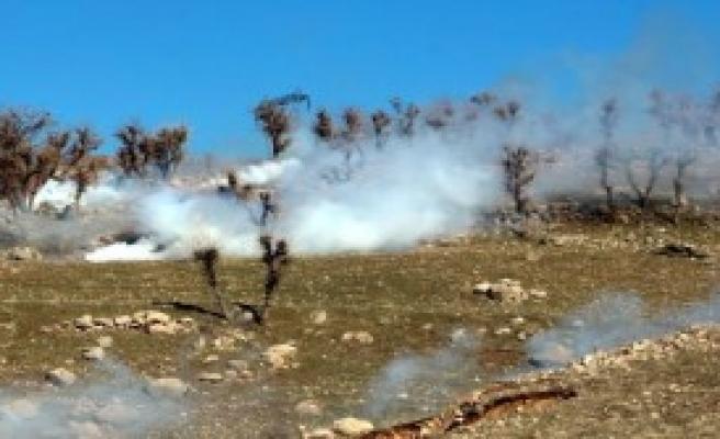 Şırnak'ta HDP'lilere Polisten Müdahale