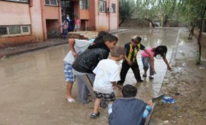 Şırnak'ta Sağanak Yağmur