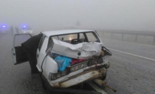 Sisli Yolda Kaza: 2 Yaralı