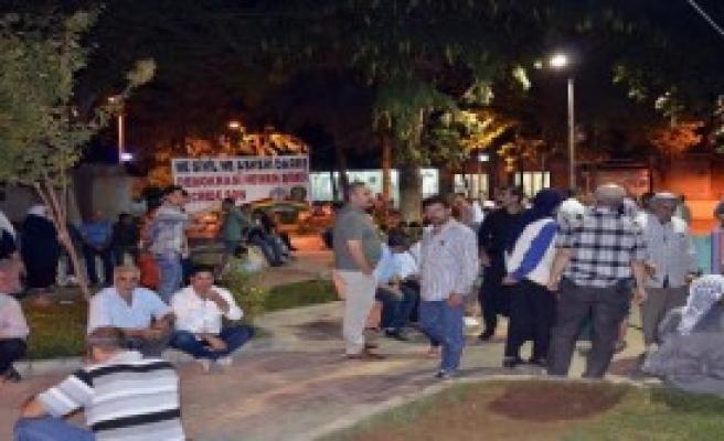 HDP'lilerden Öcalan Protestosu