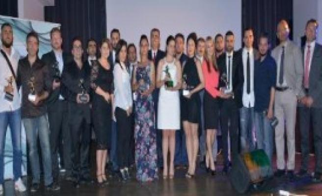 Strasbourg'ta Gümüş At Ödülleri Verildi