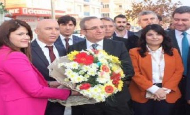 'İzmir'de Kreşsiz Hastane Kalmayacak'